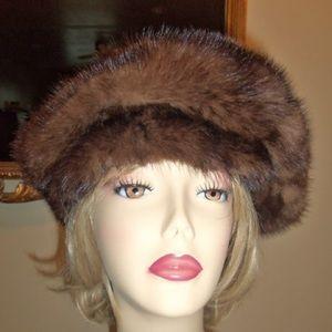Christian Dior Authentic Vintage Mink Hat CHAPEAUX